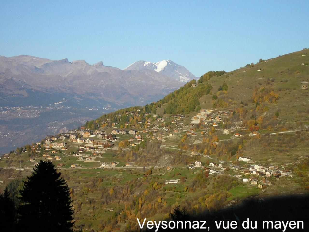 Village de Veysonnaz vis-à-vis