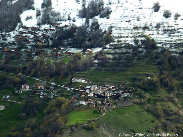 Le hameau de Clèbes