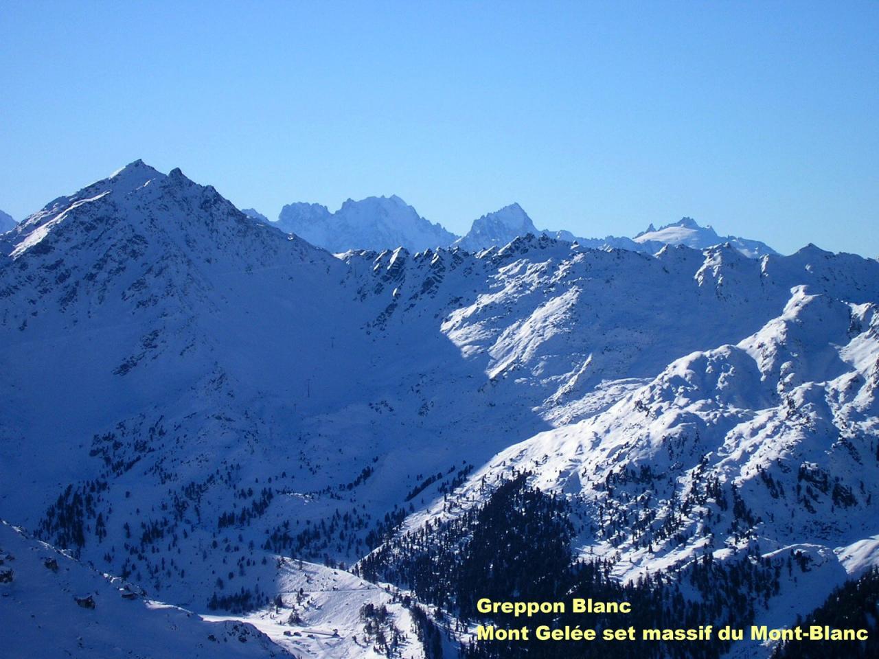 Mt Gelée et massif du Mont Blanc